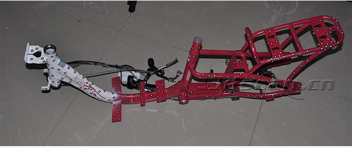 ug等主流设计软件中,进行电动车车架的逆向设计.